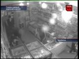 В челябинском магазине подростков жестоко избивали прямо у прилавка